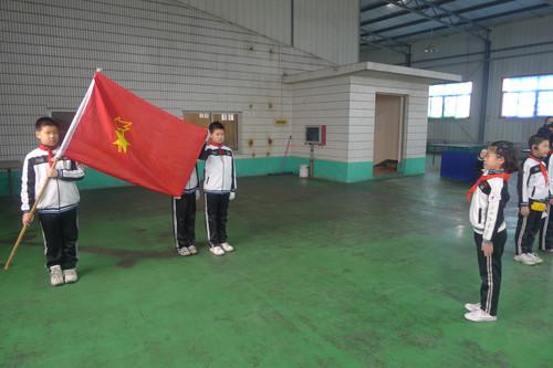 班的高阳代表新队员讲话-2011 2012学年第一学期少先队入队仪式